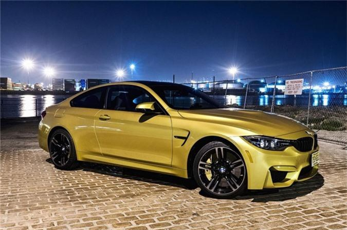 BMW M4 Coupe 2019.