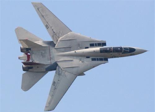 Tiêm kích cánh cụp cánh xòe F-14 Tomcat của Hải quân Mỹ. Ảnh: Wikipedia.