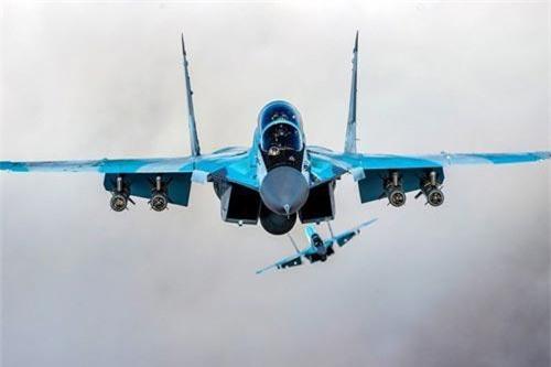 Trả lời báo chí bên lề triển lãm hàng không MAKS-2019, Giám đốc cơ quan hợp tác quân sự - kỹ thuật Liên bang Nga (FMTS) - ông Dmitry Shugayev cho hay, một loạt các quốc gia đã thông báo tới Nga rằng họ muốn mua tiêm kích mới nhất MiG-35. Ảnh: Wikipedia