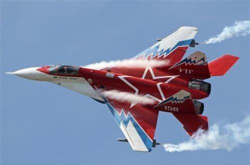 Mặc dù sở hữu công nghệ mới mẻ, đặc biệt là công nghệ động cơ nhưng MiG-29OVT đã không bao giờ được chấp nhận đưa vào trang bị trong Không quân Nga. Ảnh: Airliners.net