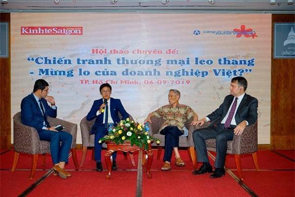 Các chuyên gia chia sẻ tại Hội thảo.