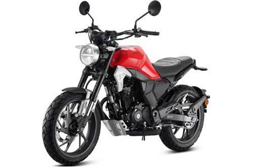 """Để chiều lòng """"gu"""" của khách hàng Trung Quốc, vào năm 2015 Honda đã tung ra mẫu xe phân khối lớn giá rẻ CB190R với trang bị """"đủ dùng"""" và thiết kế ấn tượng. Mới đây nhất, một phiên bản khác của CB190R là Honda CBF190TR 2019 mới lại tiếp tục được liên doanh Sundiro - Honda """"trình làng""""."""