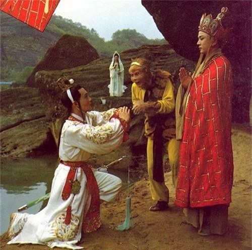 Tưởng thế nào, hóa ra pháp lực của Tôn Ngộ Không còn phải xách dép cho cả... thú cưng của Bồ Tát - Ảnh 2.