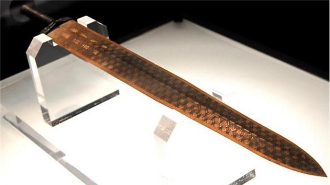 Thanh kiếm ngàn năm không rỉ của Việt vương Câu Tiễn là một trong những bí ẩn lịch sử lớn nhất Trung Quốc.