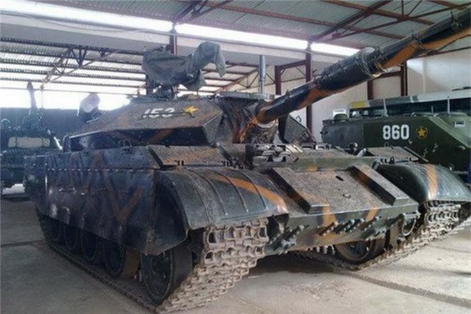 Chi tiet he thong ngam moi tren xe tang T-54M Viet Nam nang cap-Hinh-7