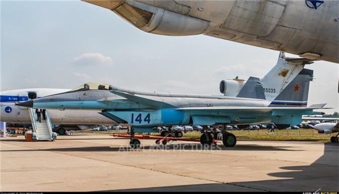 Thich thu truoc doi hinh Su-57 cung 2 sieu co bi an tai MAKS 2019-Hinh-9
