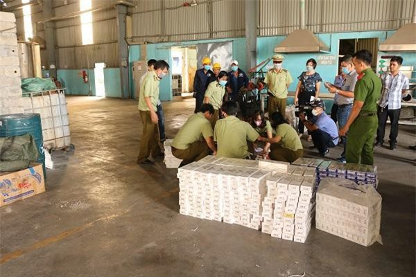 Bình Định tiêu hủy gần 26.000 bao thuốc lá điếu ngoại nhập lậu
