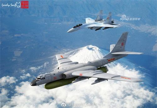 Đồ họa máy bay ném bom H-6K của Không quân Trung Quốc mang tên lửa DF-21D dưới bụng. Ảnh: Sina.