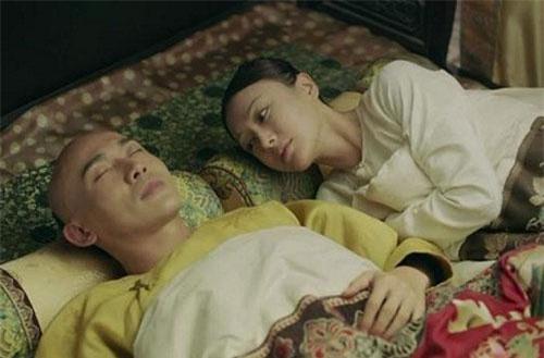 Vua Càn Long và hoàng hậu Phú Sát trong phim Diên Hi Công Lược. Ảnh: Eastday.
