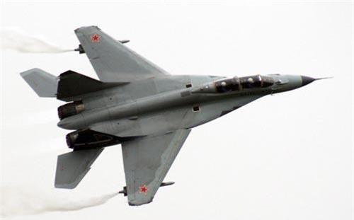 Theo các thông tin được truyền thông Nga đăng tải, Giám đốc Phụ trách Quốc tế của Tập đoàn ROSTEC đã khẳng định, Tổng thống Nga Putin đã đồng ý cho phép nước này thu mua lại các chiến đấu cơ cũ hỏng MiG-29 của Malaysia và đổi lại, Nga sẽ bán các tiêm kích MiG-35 hiện đại hơn cho không quân nước này. Nguồn ảnh: QQ.