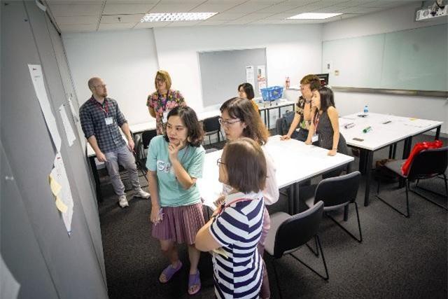 Các thầy cô tham gia Teacher Talks có được những ý tưởng hoàn toàn mới và kỹ năng mới có thể ứng dụng vào lớp học của mình.