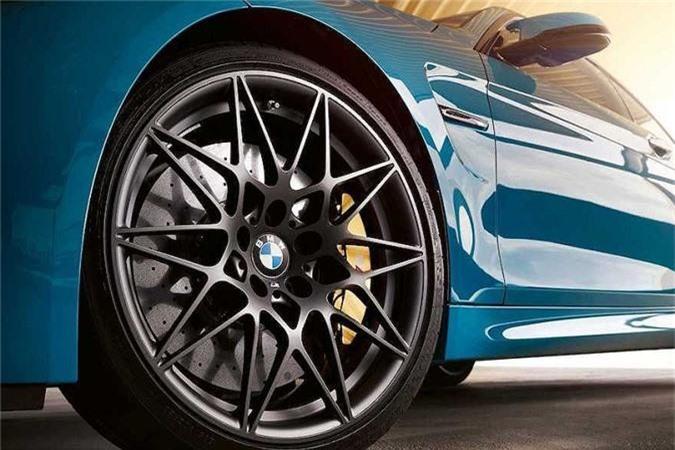 BMW ra mat ban gioi han M4 Edition M Heritage dac biet-Hinh-3
