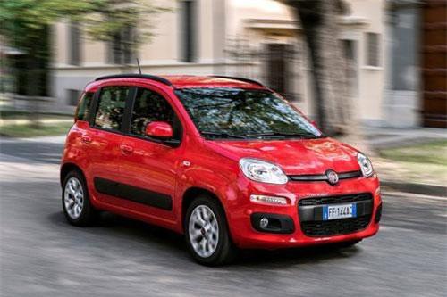 2. Fiat Panda (doanh số: 107.435 chiếc).