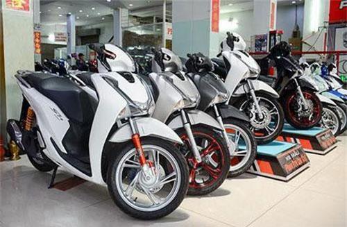 Giá xe máy tháng 9 quay đầu tăng mạnh