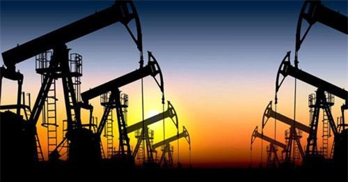 Giá dầu thế giới tăng kỷ lục do căng thẳng Trung Đông