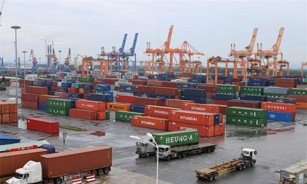 việc phát triển logistics trở thành ngành mũi nhọn của TP.HCM là rất cần thiết để giữ vững vị trí đầu tàu kinh tế của cả nước.