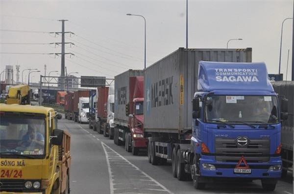 hầu hết các cụm cảng của TP.HCM đều đang tồn tại nhiều trở ngại, trong đó tắc nghẽn hạ tầng, kẹt xe nghiêm trọng