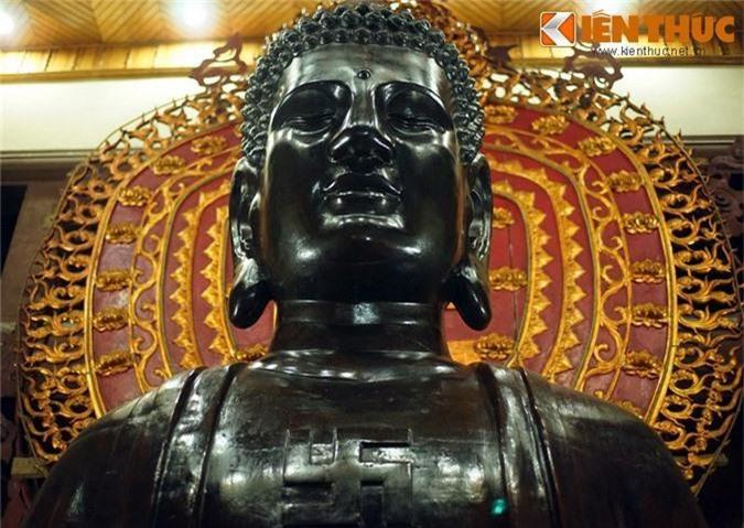 Can canh pho tuong Phat khong lo dac biet nhat Ha Noi-Hinh-6