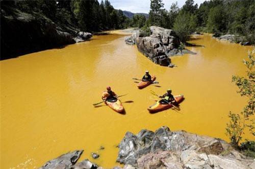 Rợn người những dòng sông tử thần ở New Mexico