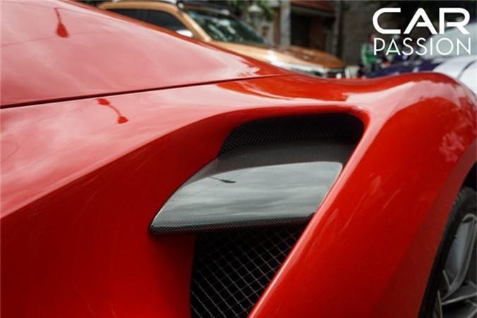 Chi tiet Ferrari 488 Spider tien ty cua Cuong Do la-Hinh-3