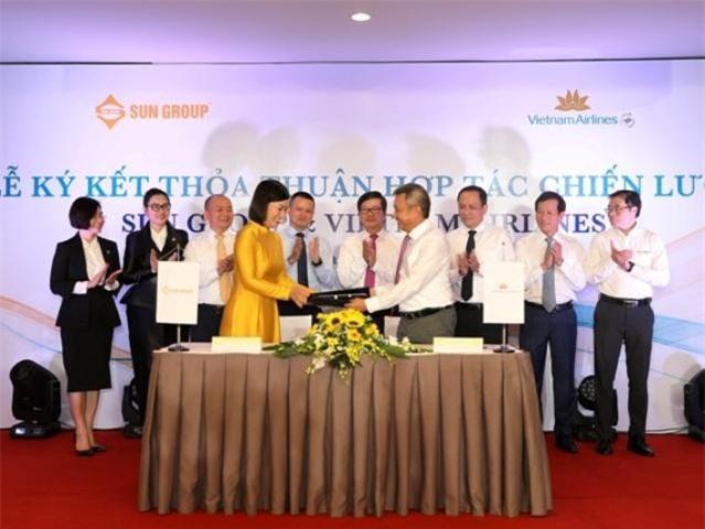 Sun Group và Vietnam Airlines ký kết thỏa thuận hợp tác chiến lược