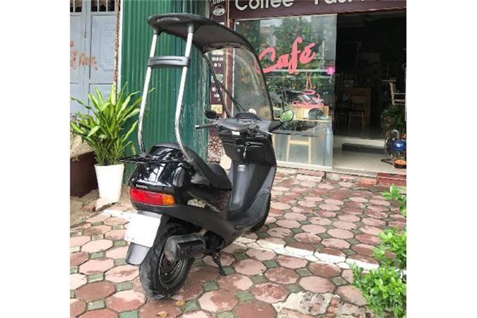 Xe tay ga Honda di mua khong so uot da tai Ha Noi-Hinh-10