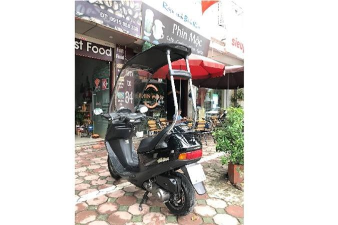 Xe tay ga Honda di mua khong so uot da tai Ha Noi-Hinh-7