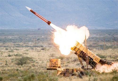 Hệ thống phòng thủ tên lửa MIM-104 Patriot PAC-3 của Mỹ (Ảnh: RT)