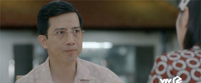 Giả thuyết: Thái không phải là gã chồng duy nhất sắp bị vợ bỏ trong Hoa Hồng Trên Ngực Trái, Dũng - chồng San cũng sắp ra rìa?  - Ảnh 5.