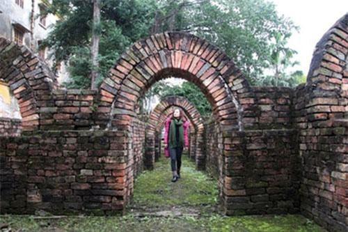 Bên trong ngôi mộ Hán có niên đại gần 2.000 năm.