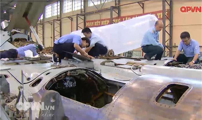"""Viet Nam """"tang tuoi tho"""" may bay Su-27 hien dai the nao?-Hinh-4"""