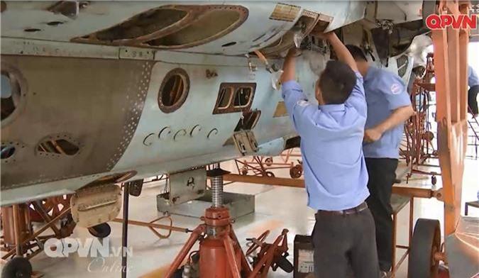 """Viet Nam """"tang tuoi tho"""" may bay Su-27 hien dai the nao?-Hinh-8"""