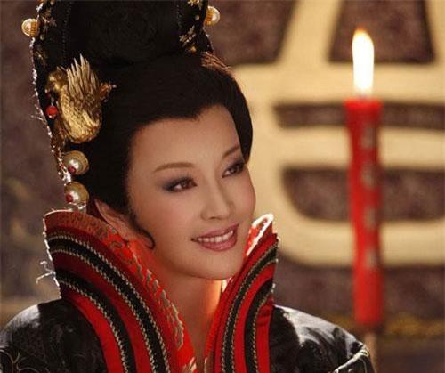 Nhung nu minh tinh Hoa Ngu dieu dung vi be boi tron thue-Hinh-2