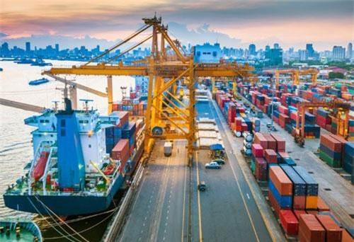 Kinh tế Việt Nam nhảy vọt về năng lực cạnh tranh: Trái ngọt của sự nỗ lực bền bỉ - Ảnh 1.