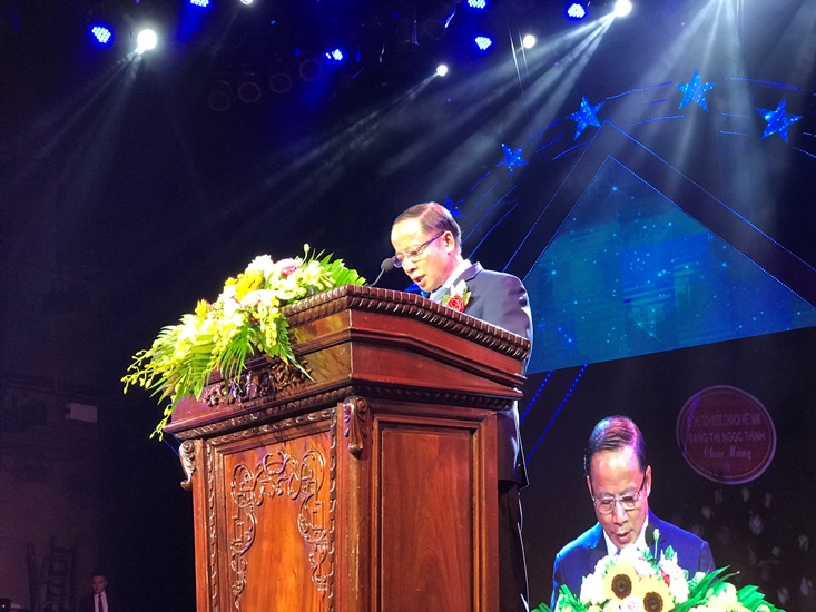 Mr. Nguyen Van Than - Chairman of Vietnam Association of Small and Medium Enterprises opened the Celebration. (Photo: Thế Hiển). Mr. Nguyen Van Than - Chairman of Vietnam Association of Small and Medium Enterprises opened the Celebration. (Photo: Thế Hiển).