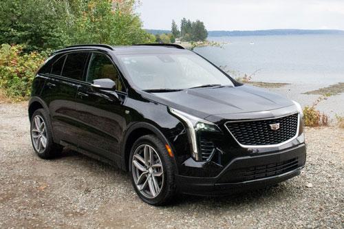 1. Cadillac XT4 2020 (giá khởi điểm: 35.695 USD).