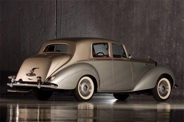 5. Rolls-Royce Silver Dawn 1949.