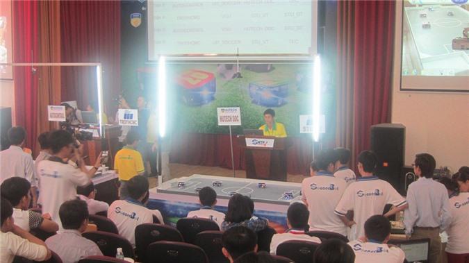 Các đội thi đấu với ý tưởng, chiến thuật dựa trên nền tảng công nghệ cao của CNTT