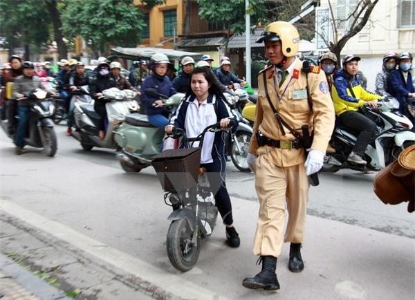 Từ 1/7, sẽ xử lý nghiêm các trường hợp đi xe máy điện chưa đăng ký