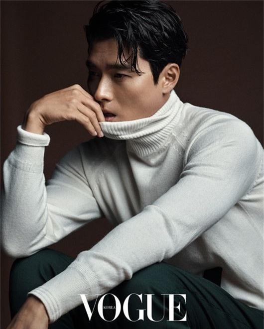 Hyun Bin - Son Ye Jin đẹp xuất thần trên tạp chí Vogue Korea - Ảnh 4.