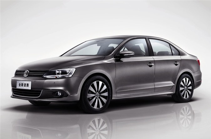 7. Volkswagen Sagitar (doanh số: 181.211 chiếc).
