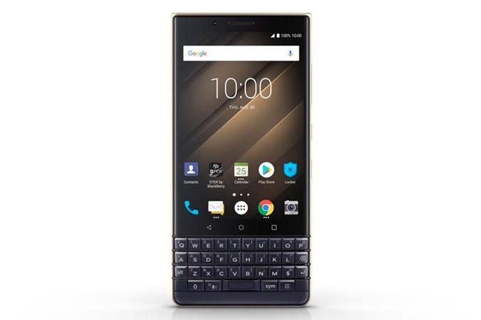 BlackBerry KEY2 LE sử dụng màn hình IPS 4,5 inch, độ phân giải Full HD (1.620x1.080 pixel), mật độ điểm ảnh 434 ppi, tỷ lệ 3:2. Màn hình này được bảo vệ bởi kính cường lực Corning Gorilla Glass nhưng chưa rõ phiên bản nào.