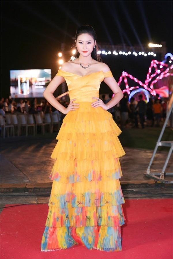 Top 5 Hoa hậu Việt Nam 2018 - Đào Thị Hà cũng đồng hành nhiều hoạt động tại cuộc thi năm nay.
