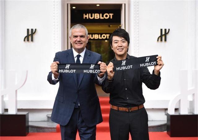 Sự kiện khai trương Hublot Hà Nội boutique có sự góp mặt của CEO Ricardo Guadalupe và Đại sứ Hublot - nghệ sĩ độc tấu dương cầm Lang Lang.