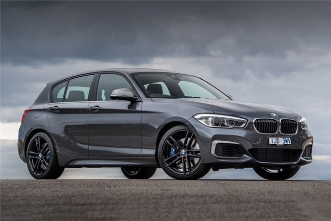9. BMW M140i 2018.