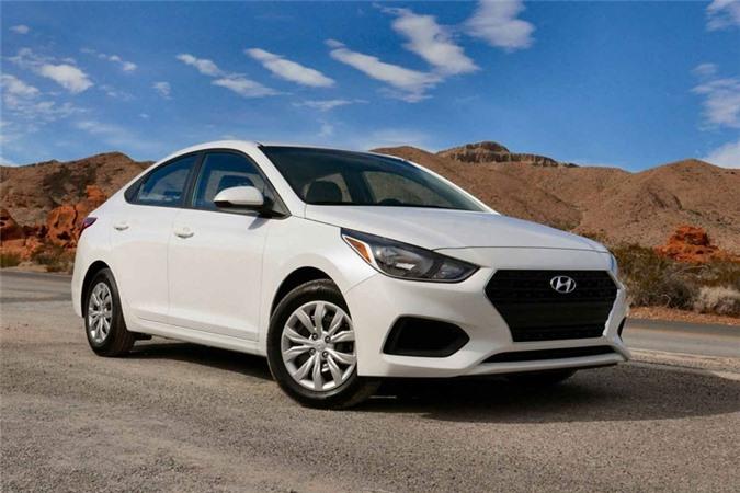 5. Hyundai Accent SE 2018 (giá: 14.995 USD).