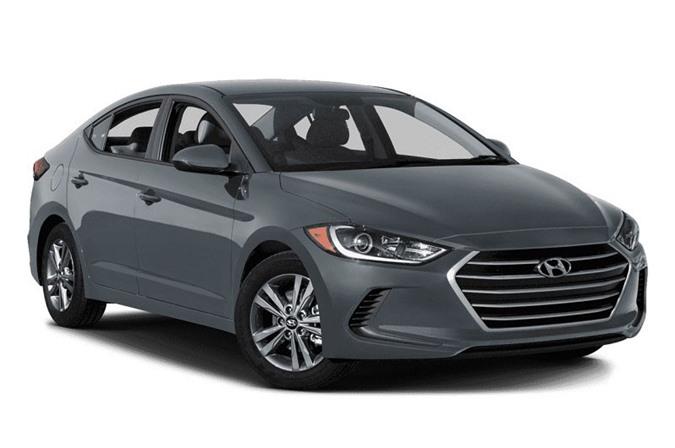 8. Hyundai Elantra SE 2018 (giá: 16.950 USD).