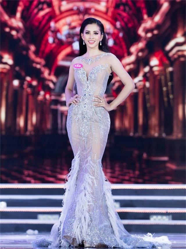 Tân Hoa hậu Trần Tiểu Vy quê gốc Quảng Nam.