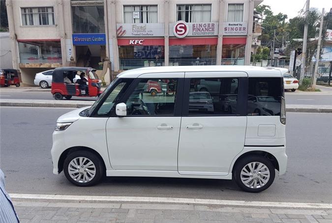 2. Suzuki Spacia (doanh số: 102.535 chiếc).