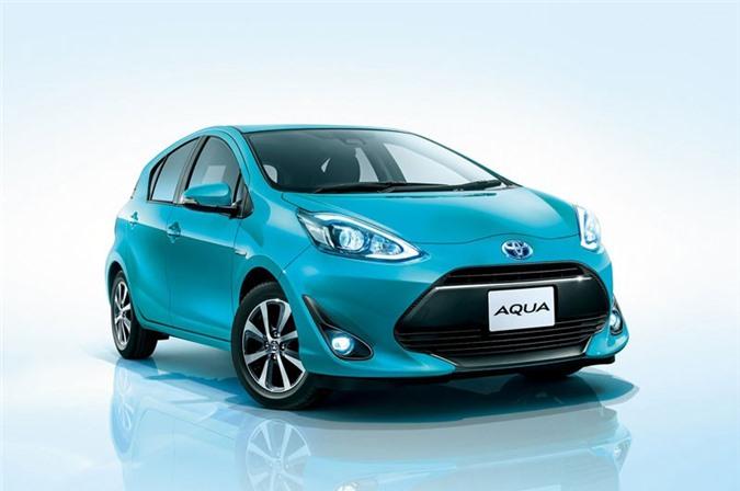 7. Toyota Aqua (doanh số: 86.887 chiếc).